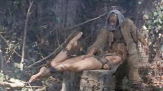 gf mujeres metiendose objetos por el ano caliente se engancha con otro chico real casero