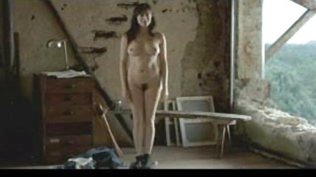 MOM MILF pelirroja con grandes tetas porno x el ano y culo enorme