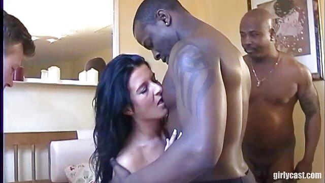 Monique cogiendo por el ano Fuentes masturbándose y follando