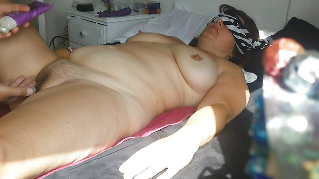 gordita madura con esperanza gomez por el ano grandes tetas se masturba en silla